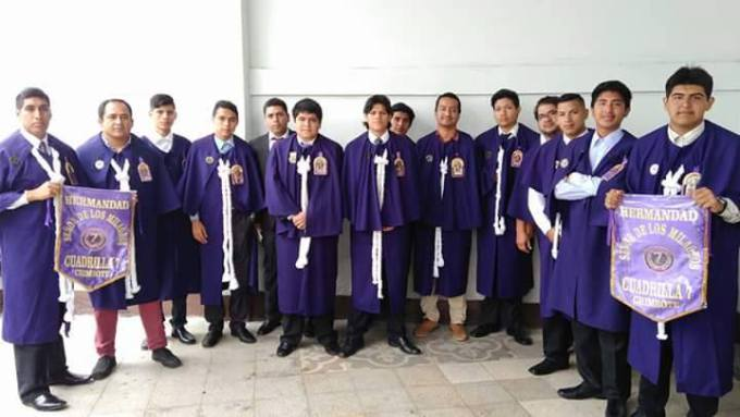 The brotherhood – students and past pupils: The Lord of Miracles visited Colegio Mundo Mejor